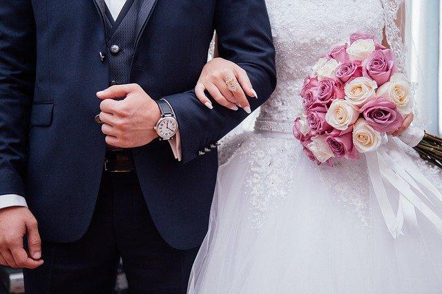 suknie ślubne z tiulu